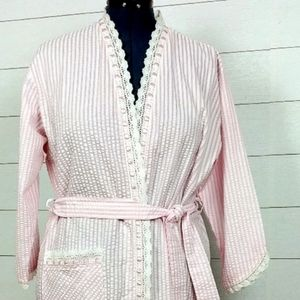 Eileen West Pink Seersucker Robe
